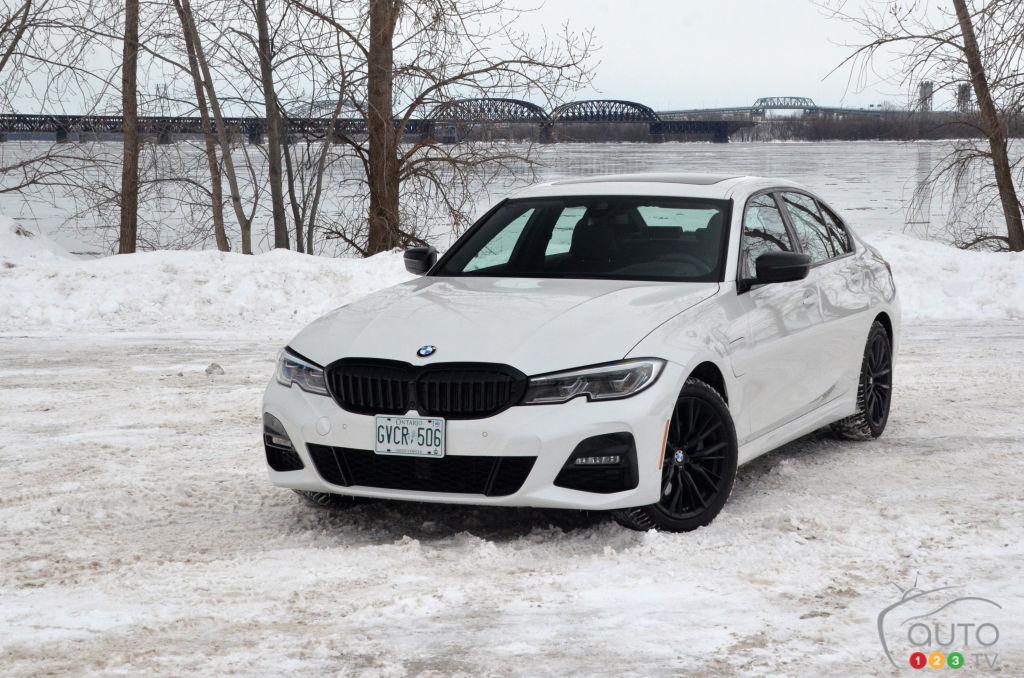 Essai de la BMW 330e xDrive 2021 : l'imparfaite option hybride rechargeable de la Série 3